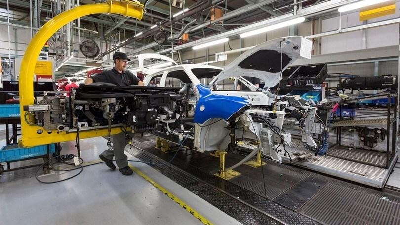 Nissan produrrà più Suv in UK nonostante la Brexit