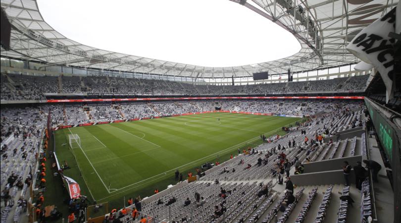 Orario Besiktas-Napoli si gioca alle 18.45