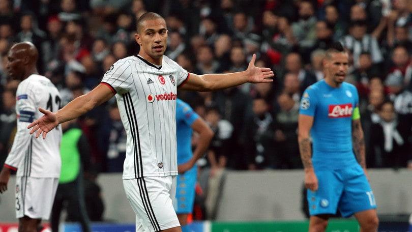 Besiktas, Inler: «Speriamo di passare il turno insieme al Napoli»