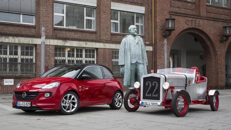 La Loryc degli anni '20 rinasce elettrica grazie alla Opel Adam