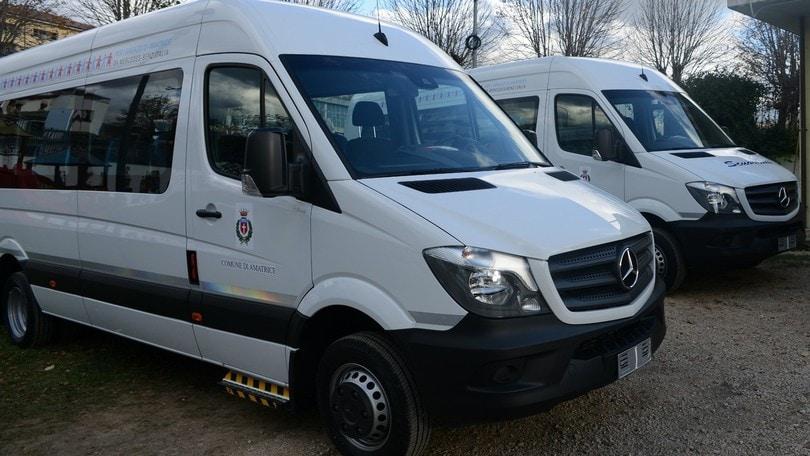Mercedes dona due scuolabus e un truck ad Amatrice e Accumoli