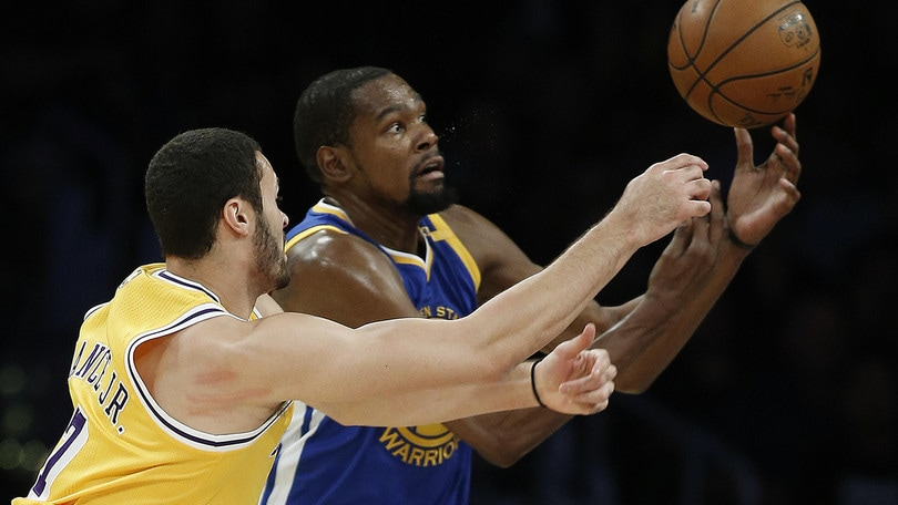 Golden State ko con i Lakers, Rose vince a Chicago
