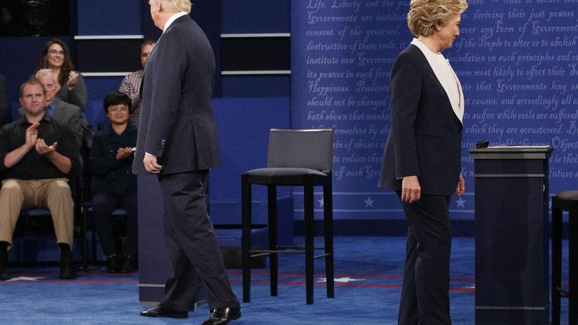Usa, Clinton - Trump: più vicini anche in quota