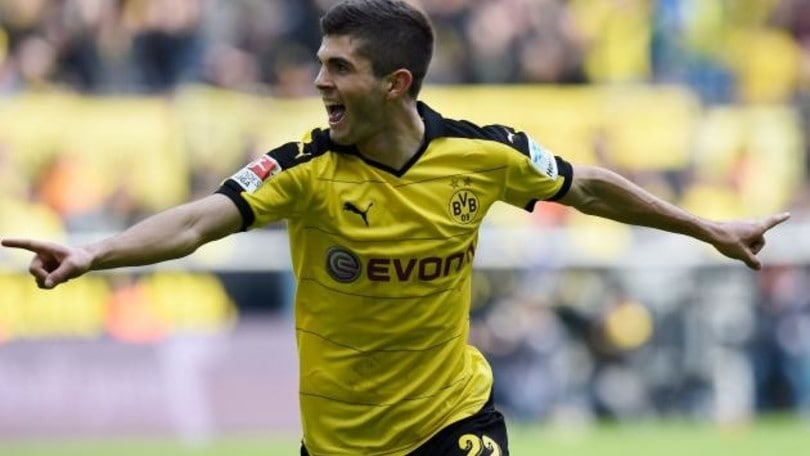 Pulisic, assist e applausi nel poker di Aubameyang contro l'Amburgo