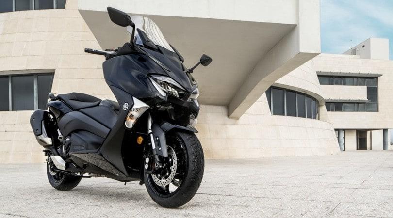 Nuovo Yamaha Tmax, uno e trino all'Eicma 2016