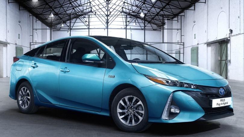 H2R Rimini, Toyota porta Prius plug-in e Mirai