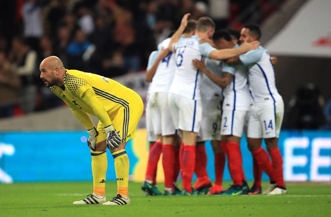 Inghilterra-Spagna 2-2: Reina sbaglia, Isco no
