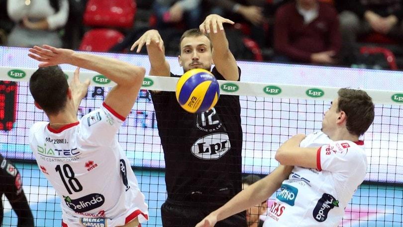 Volley: Superlega, la partitissima dell' 11a è Modena-Trento