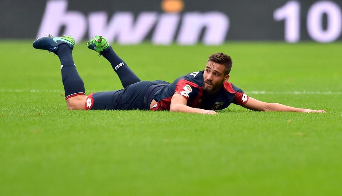 Serie A Genoa Pavoletti, trauma contusivo-distorsivo al ginocchio