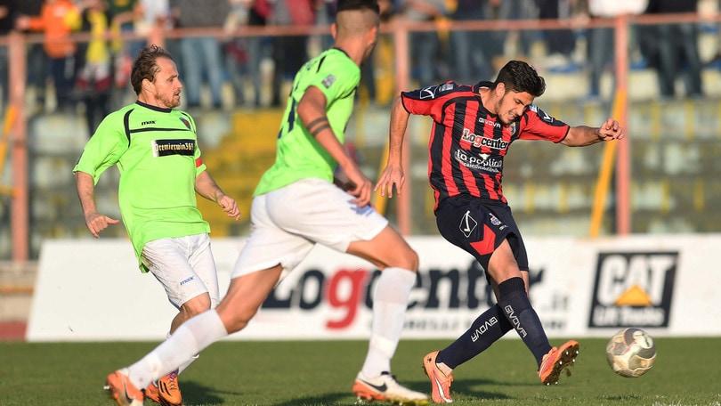 Lega Pro, penalizzate Lucchese, Casertana e Maceratese