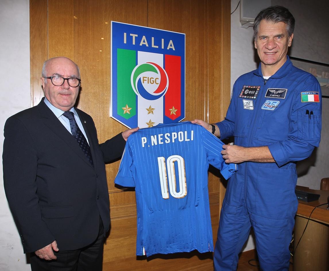 Italia, con Paolo Nespoli la maglia azzurra raggiungerà lo spazio