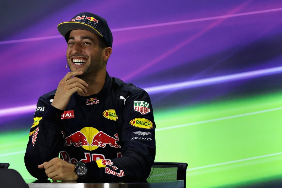 F1 Abu Dhabi, Ricciardo: «Domani in lotta per il podio»