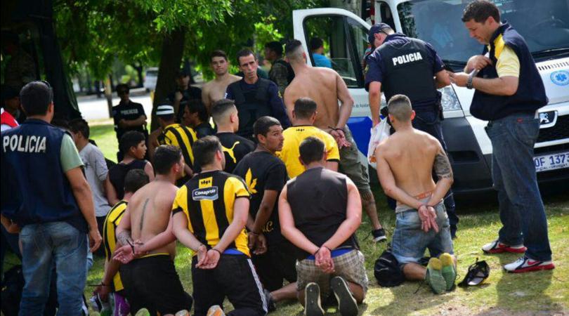 """Nacional-Penarol, una """"rivolta carceraria"""": il derby non si gioca"""