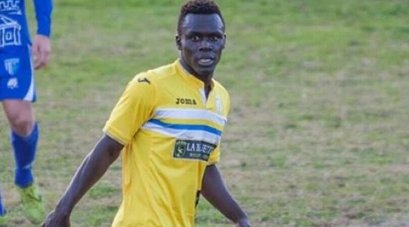 Puglia, minacce e insulti razzisti a un giocatore africano