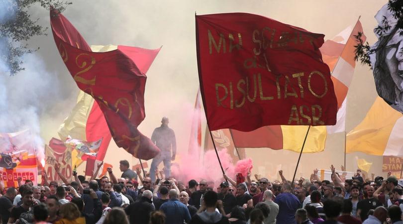 Roma al Tre Fontane: l'allenamento aperto ai tifosi con vista sul derby