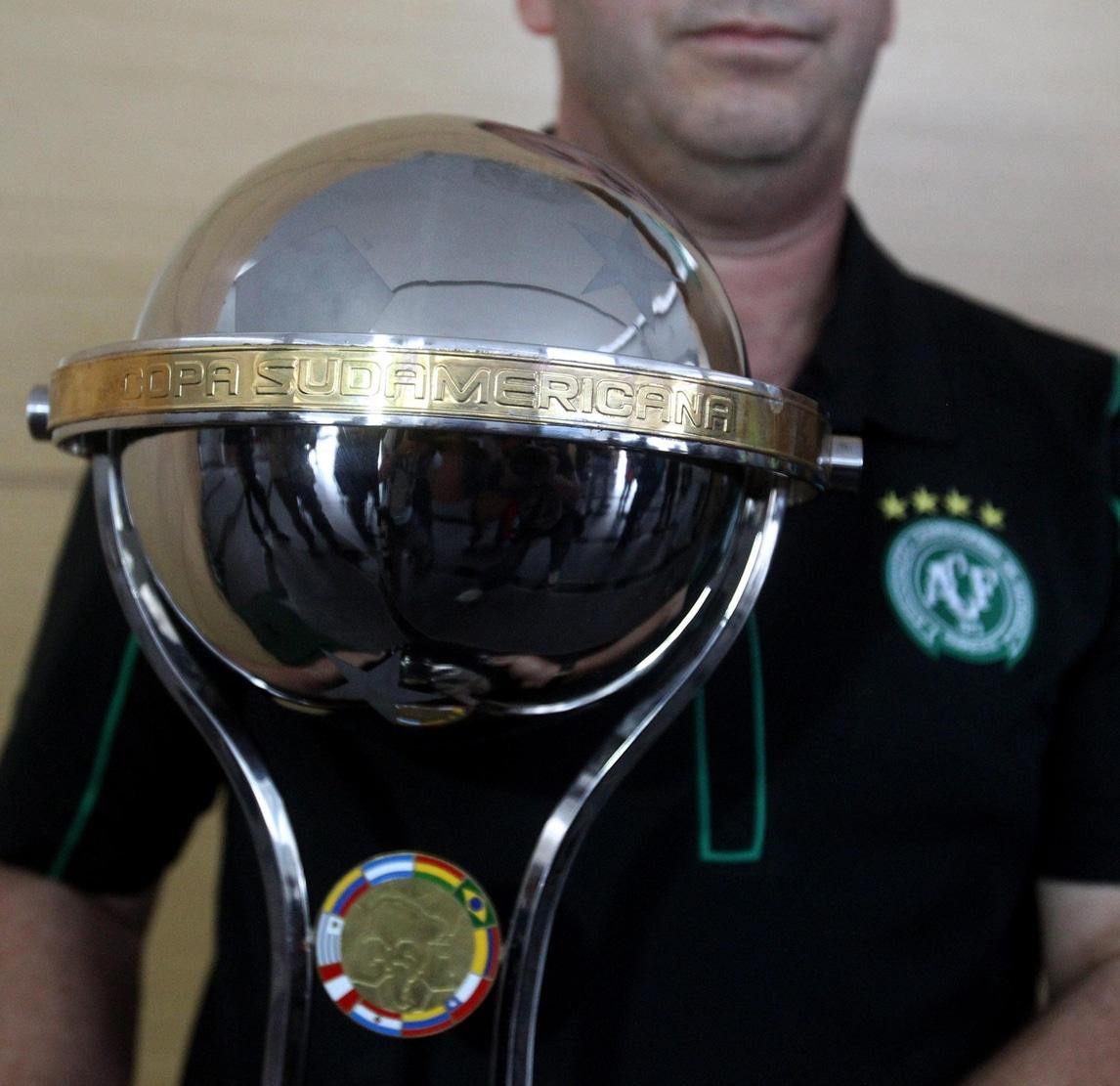 La Conmebol assegna la Sudamericana alla Chapecoense