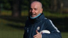 L'Inter si allena e mister Pioli si aggiunge alla squadra