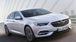 Opel Insignia Grand Sport: foto