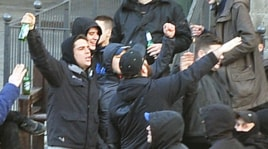 Torino: i disordini dei tifosi della Dinamo Zagabria in centro città