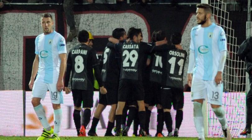 Serie B, Ascoli-Entella 2-1: Favilli decisivo