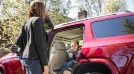 Rear Seat Reminder, il dispositivo per genitori distratti