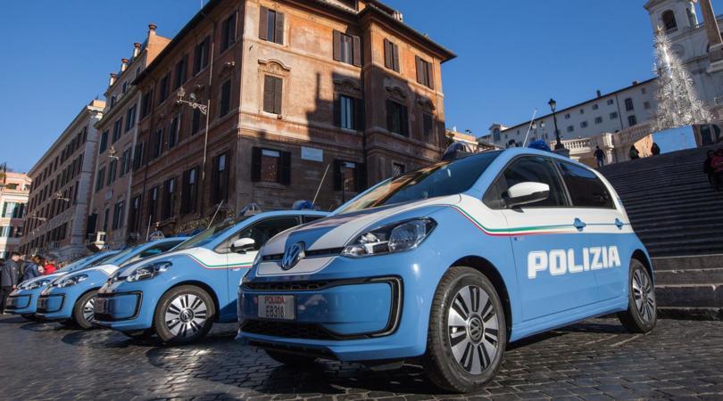 """La Polizia di Roma """"arruola"""" quattro up elettriche"""