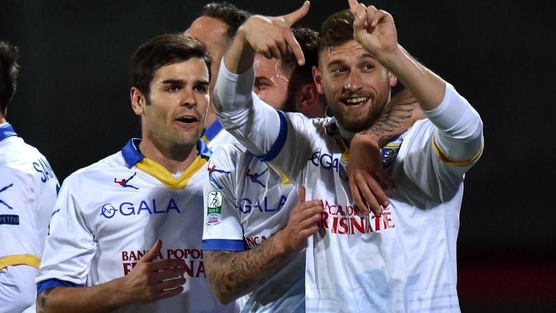 Serie B il Frosinone vince a Trapani 4-1 e si porta in vetta