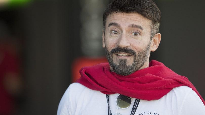 Da MotoGp a Moto3, Max Biaggi sfida Valentino Rossi