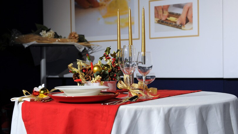 Natale 2 3 mld spesi a tavola corriere dello sport - Tavola azzurra 3 ...