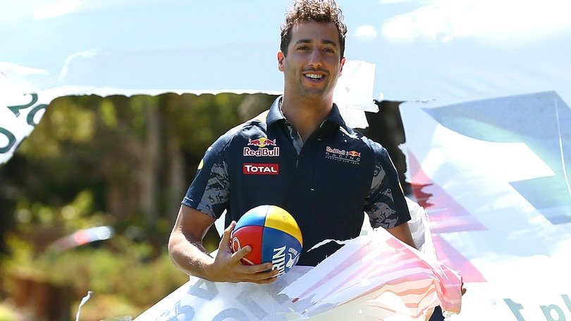 F1, Ricciardo: «Vettel si fa prendere troppo dalla frustrazione»