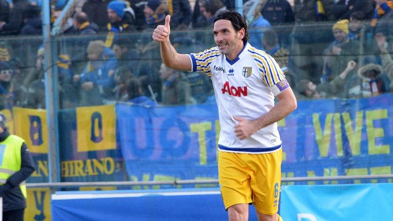 Lega Pro Parma, Lucarelli entra nella storia