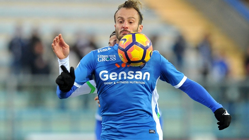 Pescara, pressing Gilardino. Sfida al Palermo per Bovo e Carmona