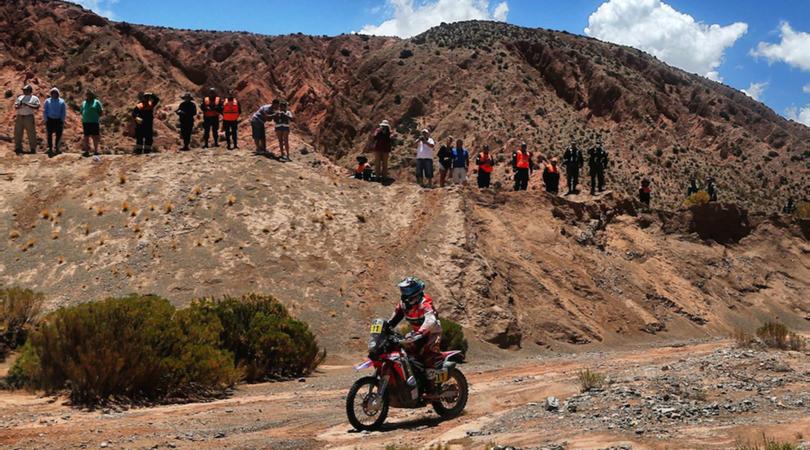 Dakar, 3° tappa: Barreda dominatore nelle moto, tripletta Peugeot nelle auto