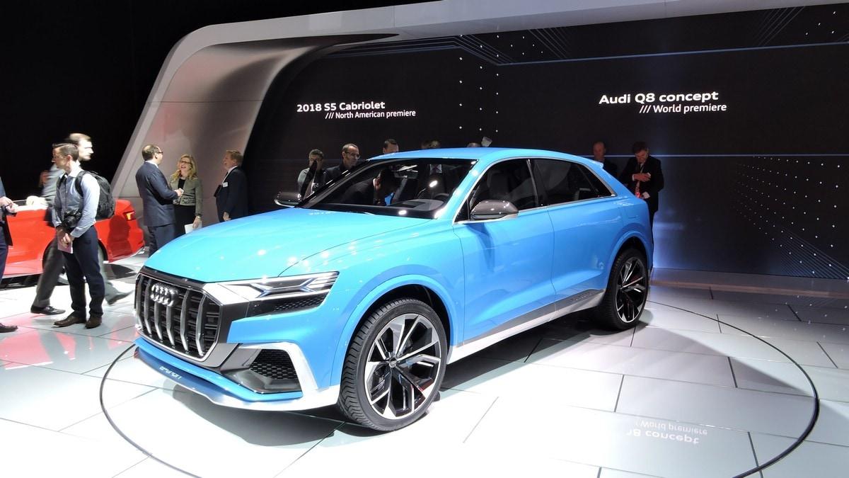 Audi Q8 Concept, griglia Led e maniglie touch per il maxi Suv