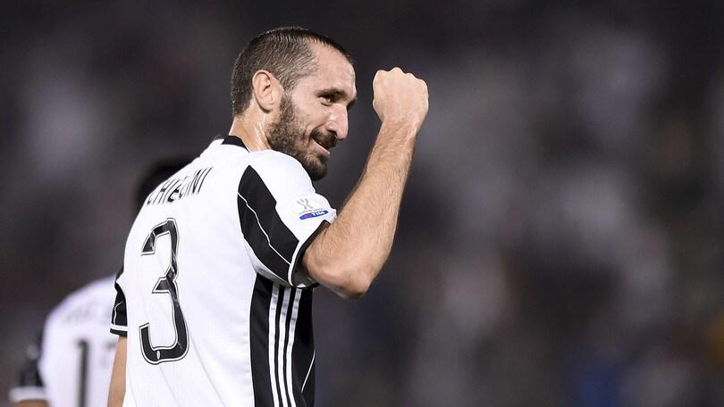 Juventus, Chiellini c'è. Evra non convocato