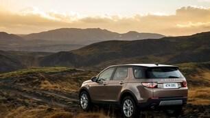 Land Rover Discovery Sport: foto e prezzi