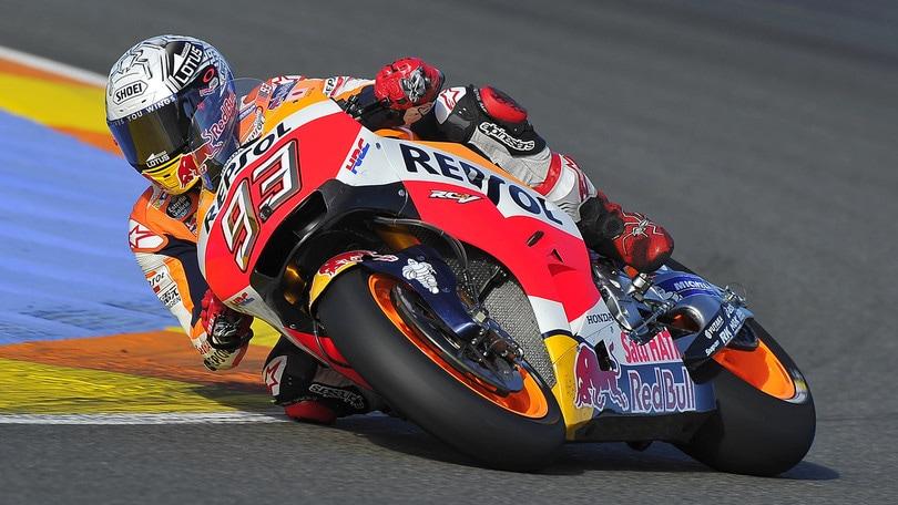 MotoGp: Marquez sfreccia sulla neve con la sua Honda