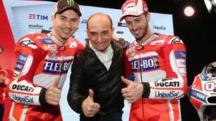 Ducati, ecco la nuova moto: che sorrisi per Lorenzo e Dovizioso