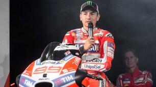 MotoGp, Lorenzo: «Non mi interessa il paragone con Rossi»