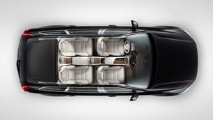Volvo XC90 T8 Excellence, tutto il lusso che c'è: foto