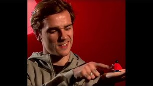 Griezmann darà la voce a Superman in Lego Batman