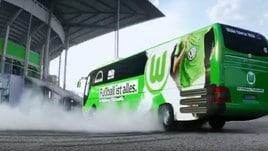 Bundesliga: il Wolfsburg parte in drifting col bus