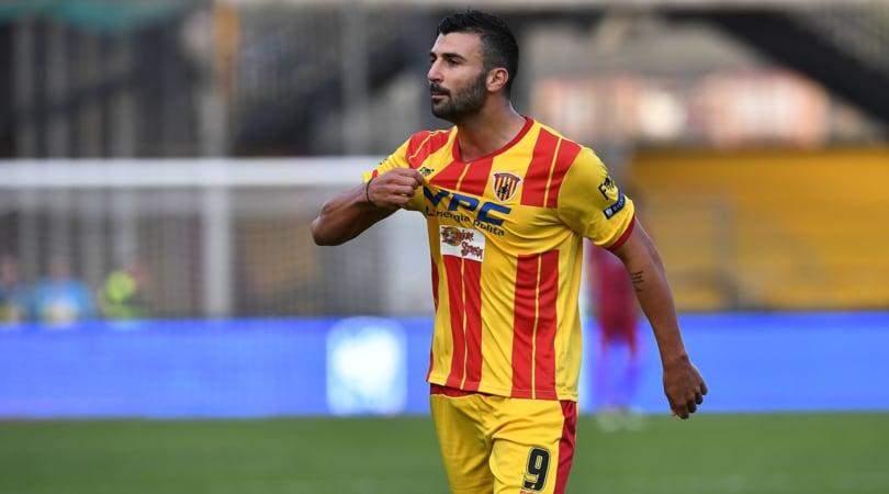 Serie B Verona-Benevento, formazioni ufficiali e tempo reale alle 20.30