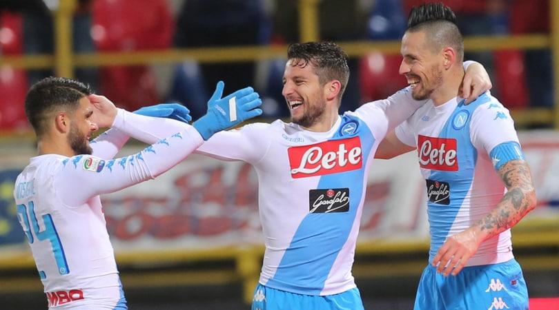 Serie A, Bologna-Napoli 1-7: triplette di Hamsik e Mertens, Sarri al 2° posto