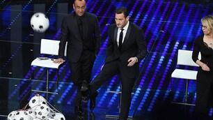 Sanremo 2017, Totti show: quante gag all'Ariston!