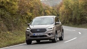 Ford Kuga Vignale: foto e prezzi