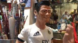 Real Madrid-Napoli, sul presepe spunta anche Ronaldo