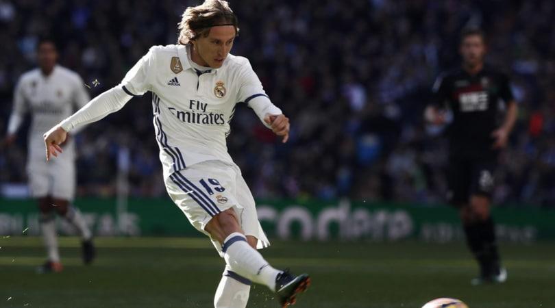 Real Madrid, Modric: «Sarà lotta a centrocampo»