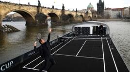 Tennis, Berdych e Federer si sfidano...sul fiume