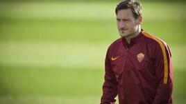 Roma, Totti si scalda per il Villarreal